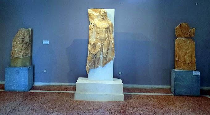 Ένας παλαιστρίτης του 4ου αι. π.Χ. στο Αρχαιολογικό Μουσείο της Τήνου