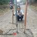 Warga Blokade Jalan Dengan Besi dan Coran di Gegerbitung