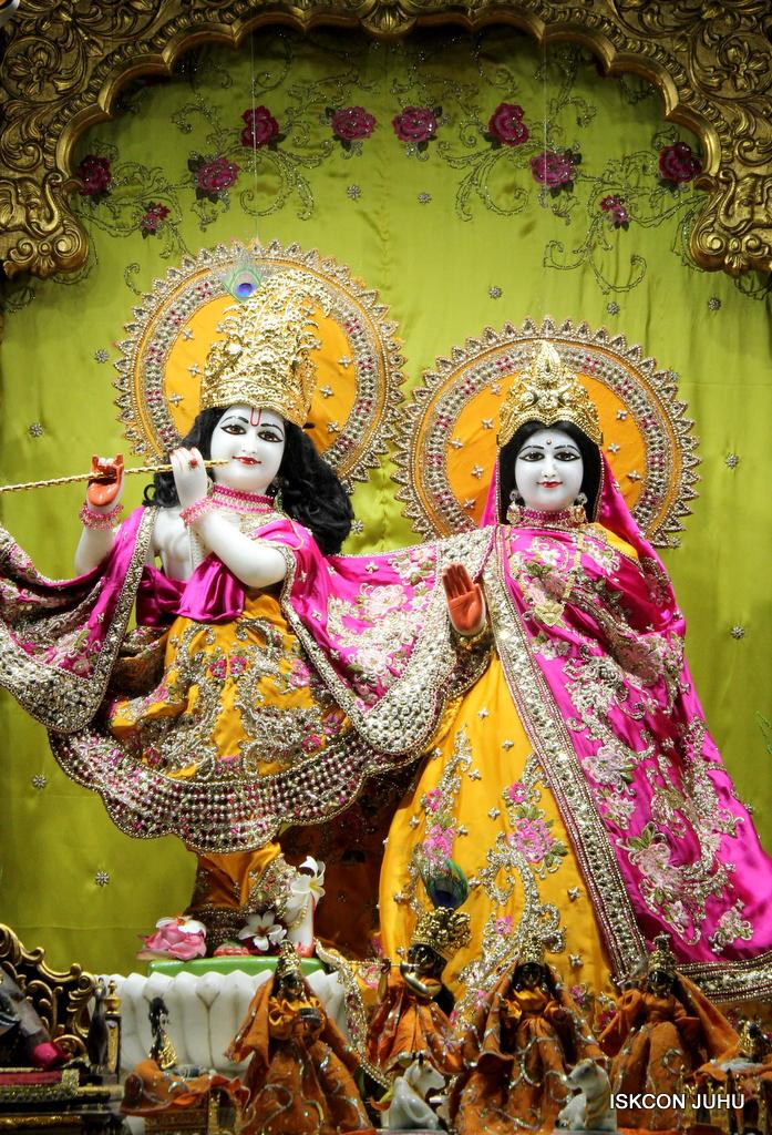ISKCON Juhu Mangal Deity Darshan on 12th Sep 2016   (17)