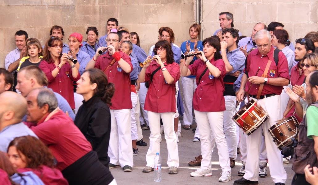XII Trobada de Colles de lEix, Lleida 19-09-10 - 20100919_158_grallers_CdL_Colles_Eix_Actuacio.jpg