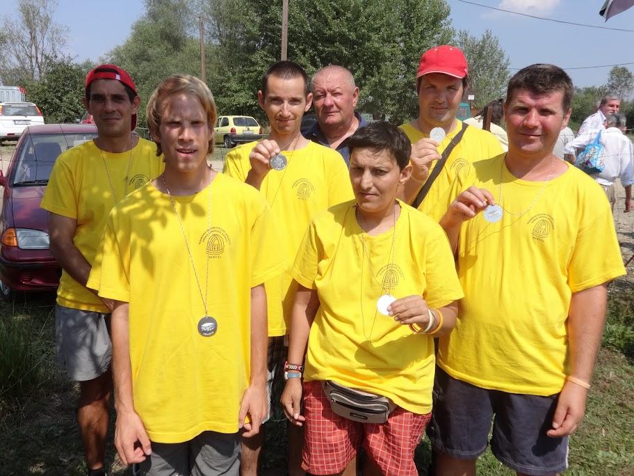 2015. 08. 13-án 6 fő lakónk részt vett a Pontyos tavi találkozón, ahol az ellátottak vetélkedőjén 2. helyezést értek el.