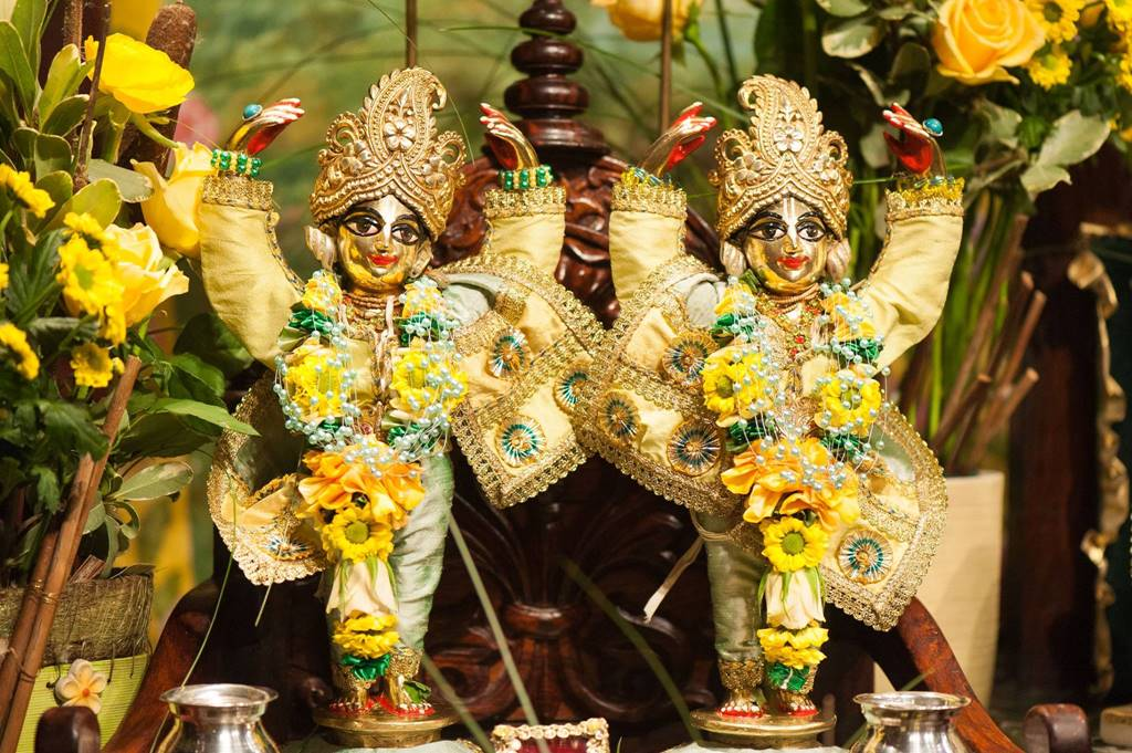 ISKCON Goloka Dhama, Germany Deity Darshan 31 Jan 2016 (9)