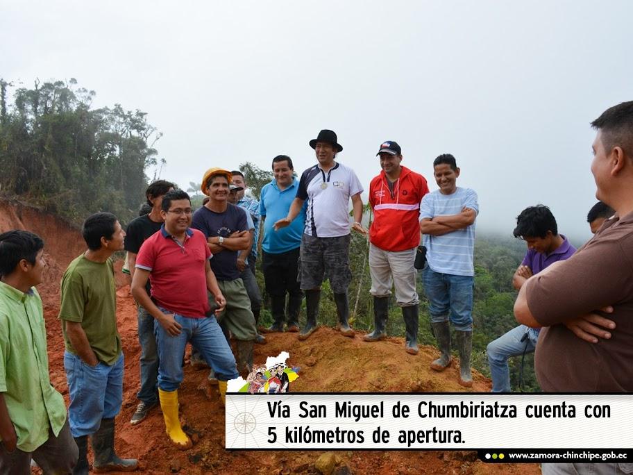 VÍA SAN MIGUEL DE CHUMBIRIATZA CUENTA CON 5 KILÓMETROS DE APERTURA.