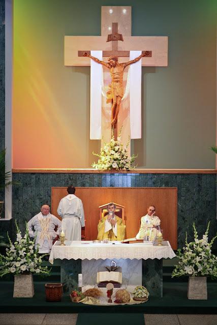 OLOS Children 1st Communion 2009 - IMG_3113.JPG