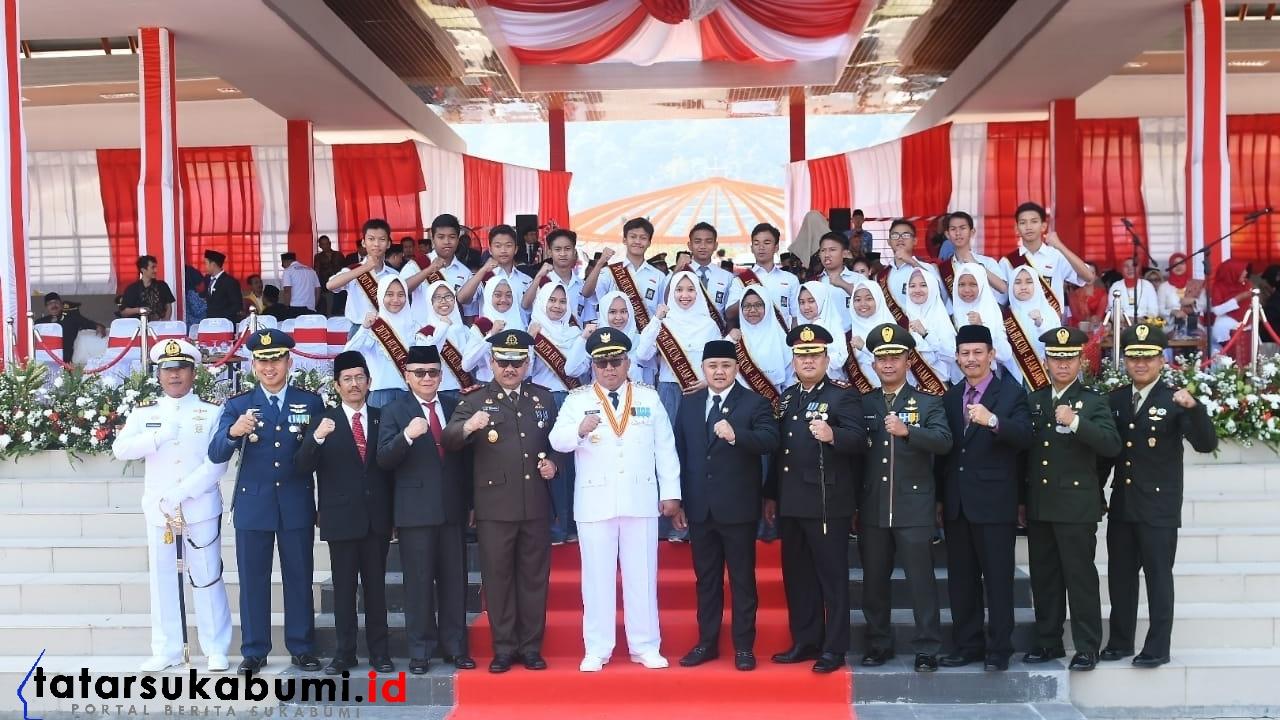 Marwan Hamami Lantik Forum Pelajar Sadar Hukum dan HAM Kabupaten Sukabumi