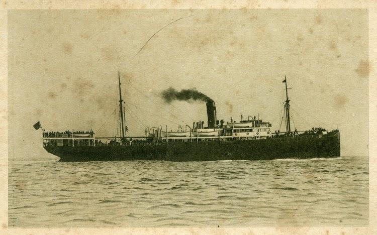Vapor ESCOLANO. Postal. Ca. 1920.jpg