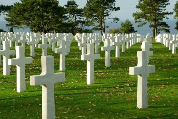 [normandy-d-day-cemetery-omaha-beach%5B3%5D]