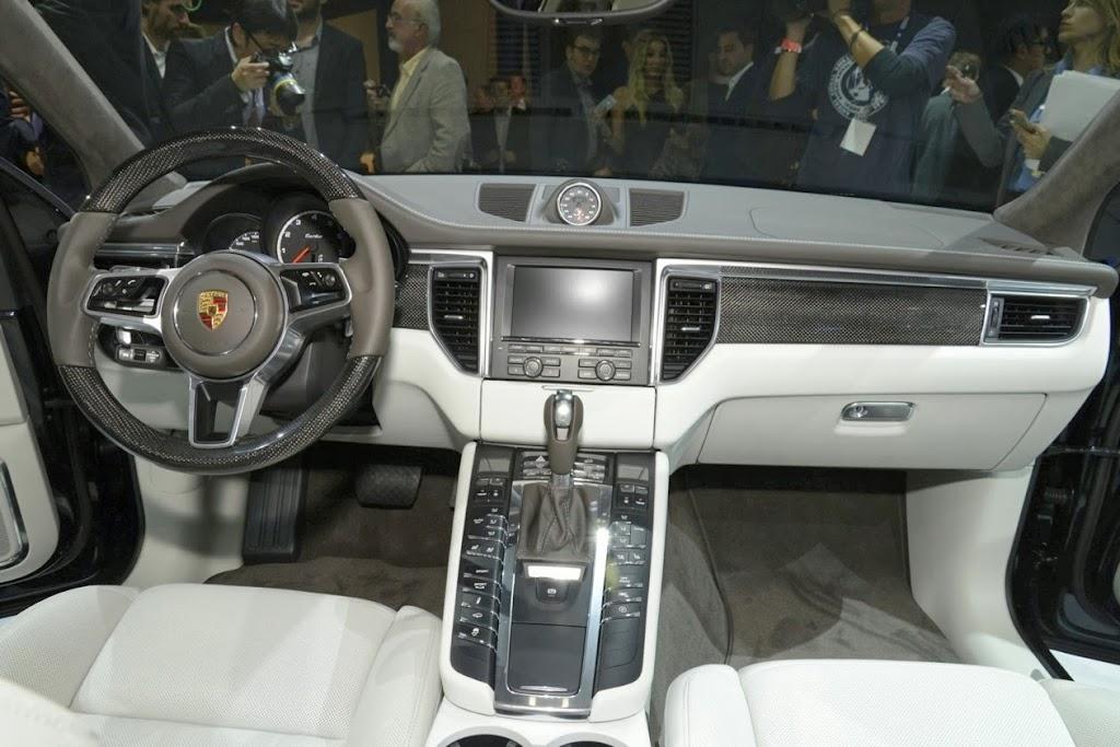2014 Porsche Macan 765