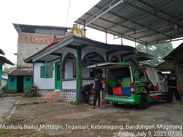Bersih Bersih masjid di Mushola Baitul Muttaqin, Tegalsari, Kebonagung, Bandongan, Magelang