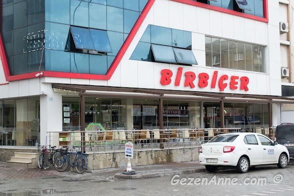 Adana'daki Ciğerci Birbiçer'in dıştan görünümü