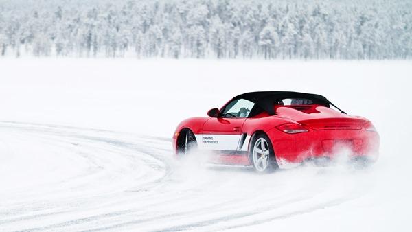 Porsche_Boxster_Spyder_1600x900px