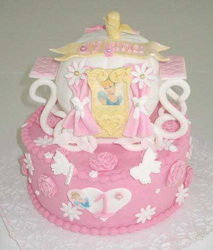 873- Koets taart Assepoester.JPG