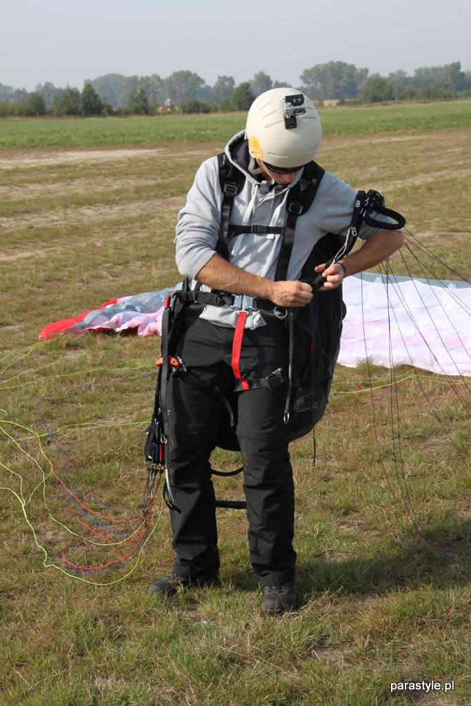 Szkolenia paralotniowe Wrzesień 2012 - IMG_6182.JPG