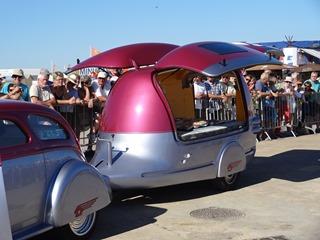 2016.07.17-060 Peugeot 402 1938 hot-rod et sa caravane