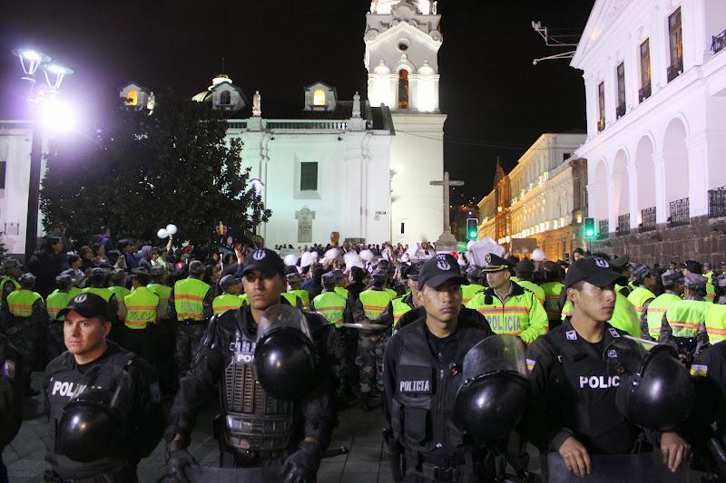 Massive police presence at the vigil for Yasuní