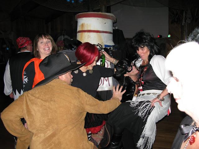 2009 Halloween - SYC%2BHolloween%2B2009%2B017.JPG