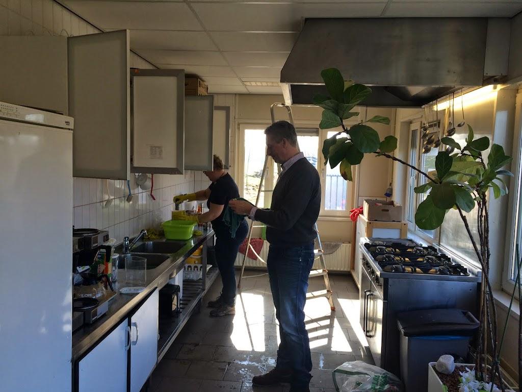 Ondertussen krijgt de keuken een grote beurt