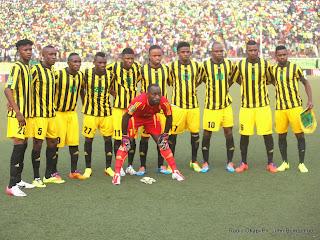 L'équipé de l'As Vita club de la RDC  le 27/07/2014 au stade Tata Raphaël de Kinshasa, lors du match contre Al Hilal du Soudan  dans le cadre de la quatrième journée des quarts de finale de la Ligue des champions africaine. Radio Okapi/Ph. John Bompengo