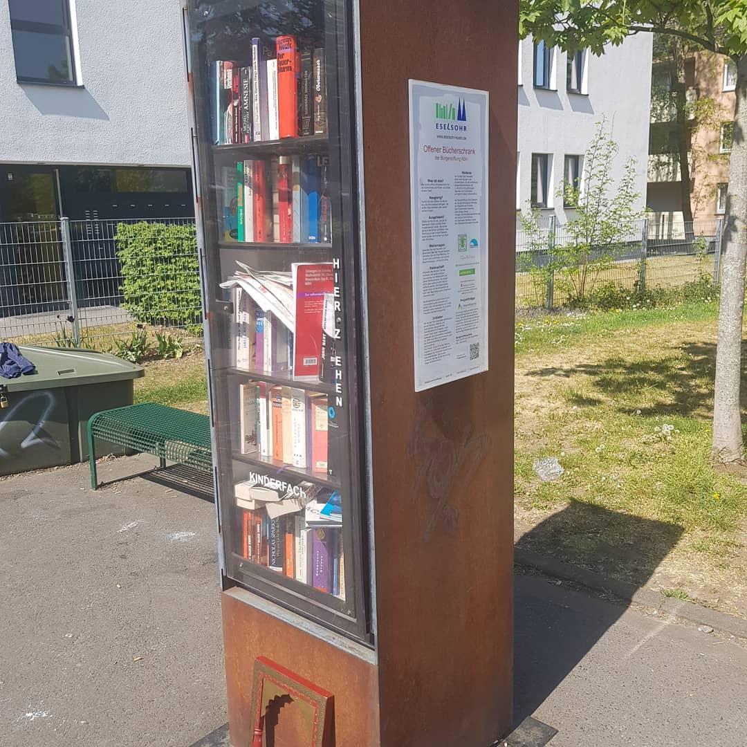 Bücherkasten