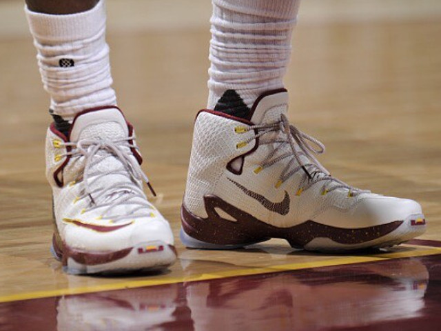 James Laces Up CavsColored Nike LeBron 13 in Game One Win ...