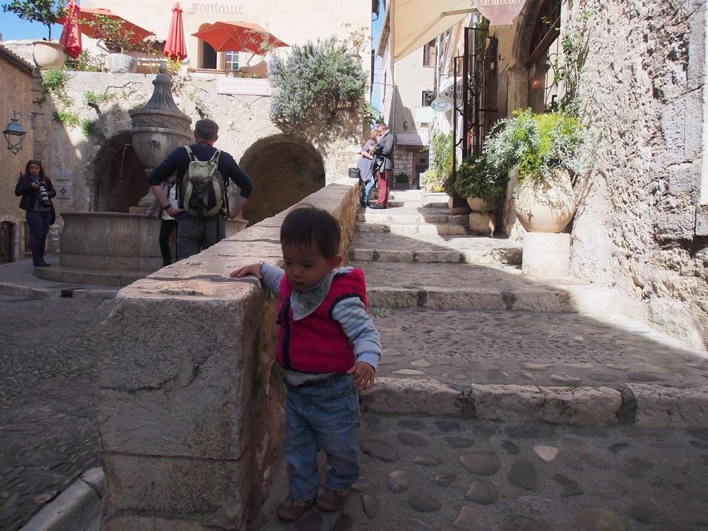 saint-paul-de-vence-stairs