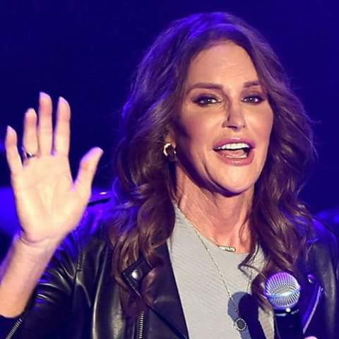 Caitlyn Jenner Beautiful Picture for whatsapp, facebook dp
