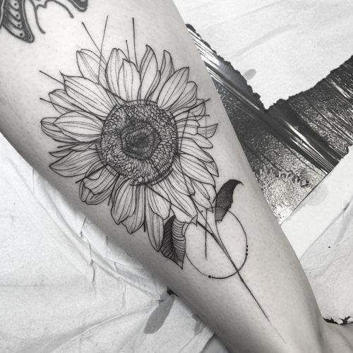 este_incrvel_tatuagem_de_girassol