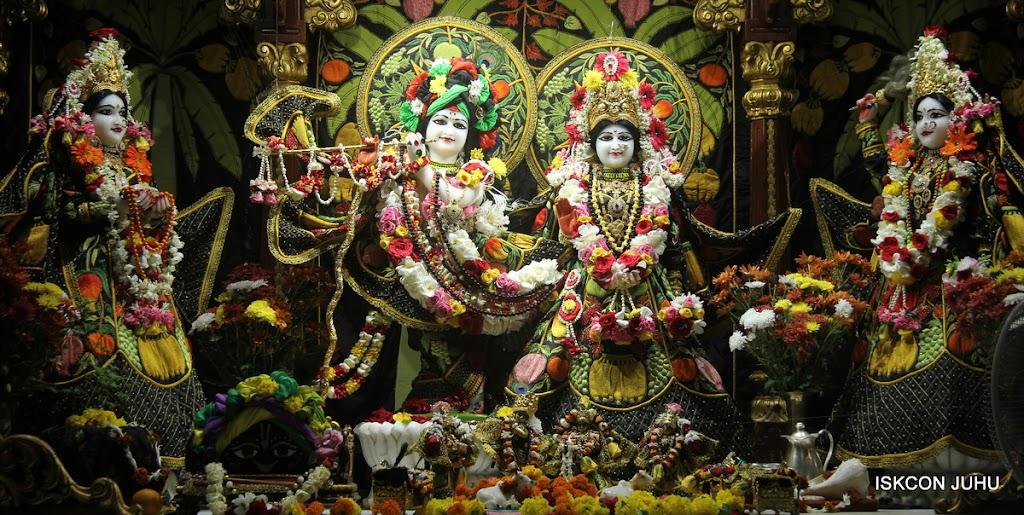 ISKCON Juhu Sringar Deity Darshan on 2nd July 2016 (2)