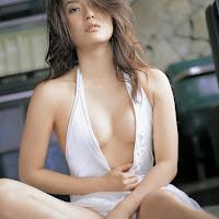 Bomb.TV 2008.02 Haruna Yabuki yh019.jpg