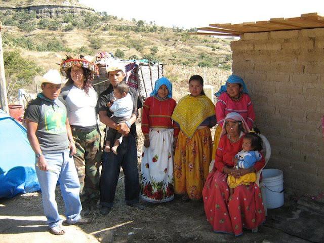 Fundacion Clinica de Medicina Indigena DIC.09 - 148556_158663840835322_100000751222696_251355_4066778_n%255B1%255D.jpg