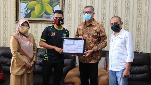 Riza Falepi Bangga 5 Atlet Payakumbuh Ikut PON XX Di Papua