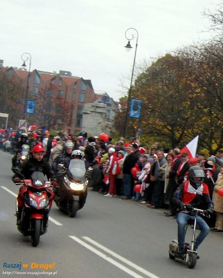motocykliści na paradzie dnia niepodległości