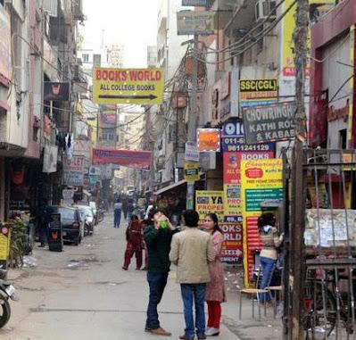 Street food at satya niketan