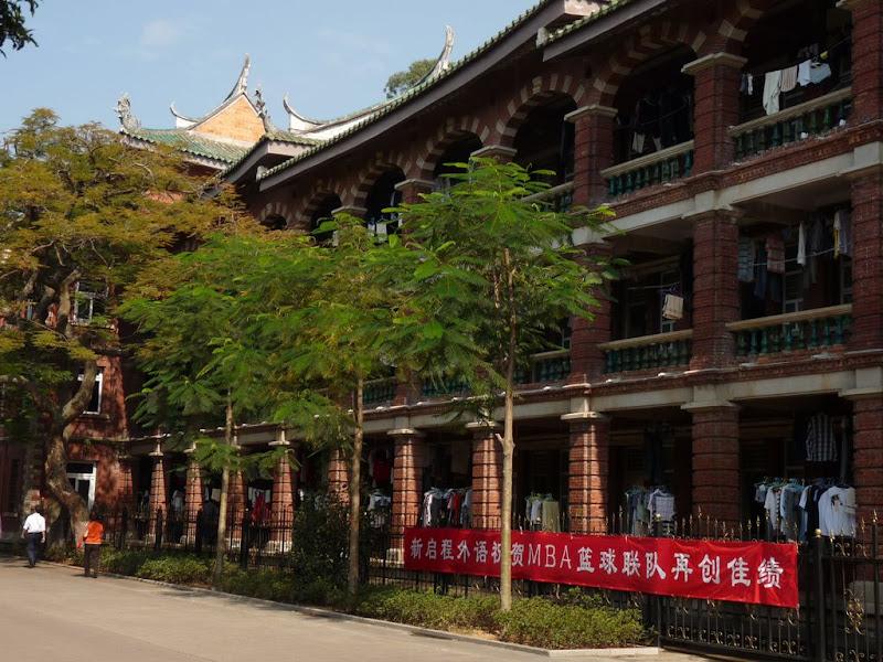 Xiamen.Dans le campus.Dortoirs