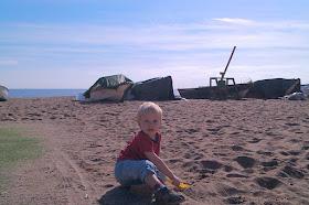 napsütéses tengerparton horog