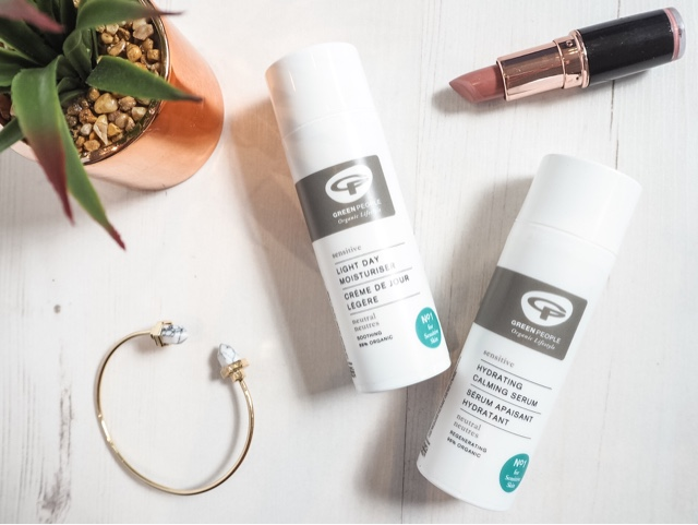 beauty-blog-review-green-people-scent-free-light-day-moisturiser-scent-free-hydrating-calming-serum