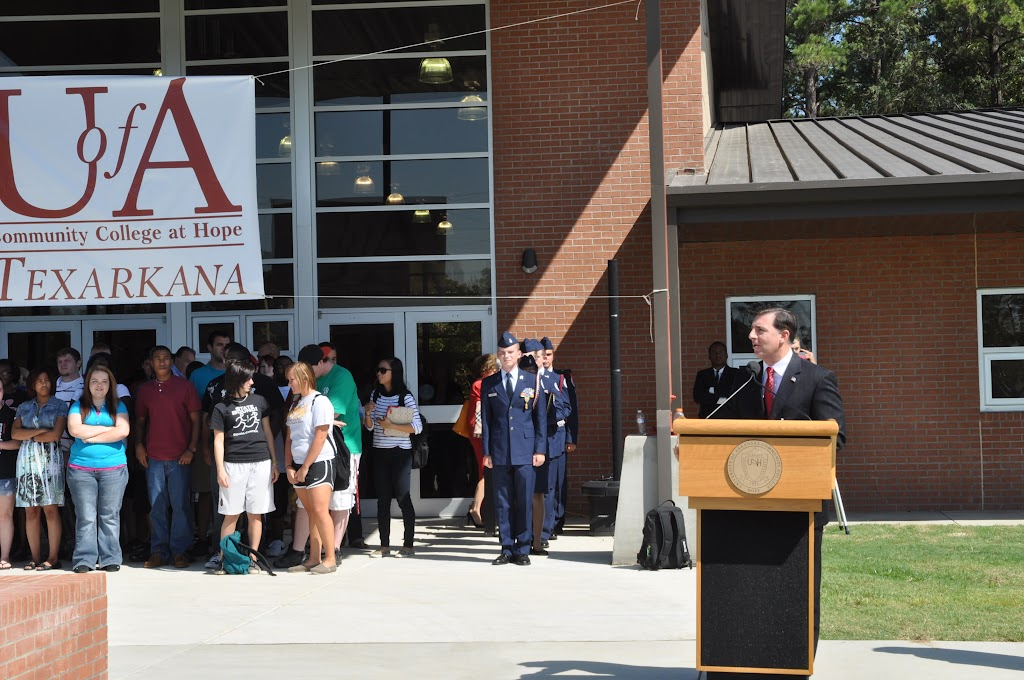 UACCH-Texarkana Ribbon Cutting - DSC_0354.JPG