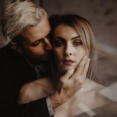 Wedding photographer Viktor Kovalev (victorkryak). Photo of 21.12.2017