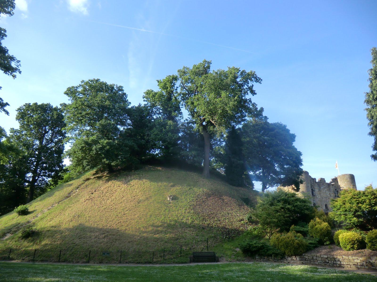 CIMG2026 Motte, Tonbridge Castle