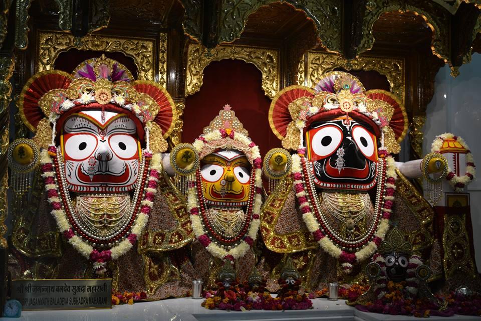 ISKCON Ujjain Deity Darshan 03 Jan 2017 (9)