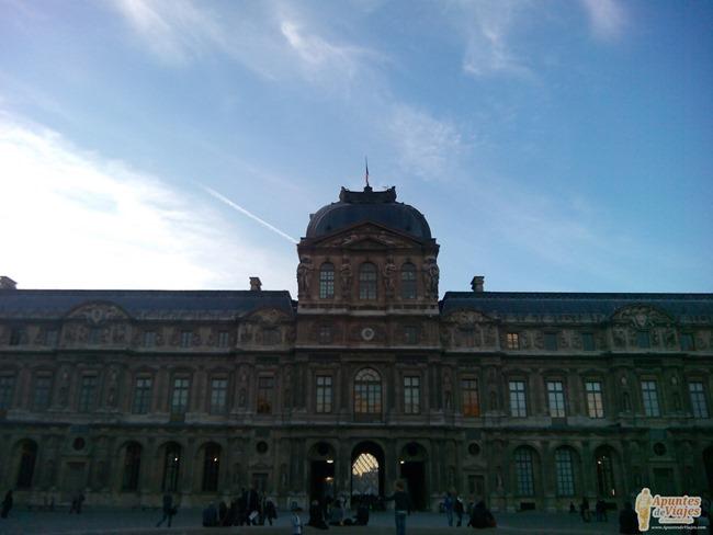 Visitar Paris a pie Marais Louvre 8