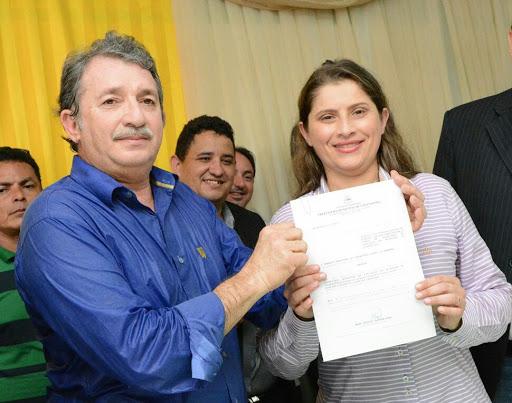 Chapadinha: Bacelar admite que Danúbia não tem qualificação para chefiar Semed
