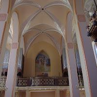 11.09.2012 Nowa polichromia i ołtarz w kościele