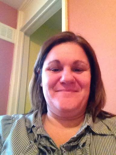 Louise Edwards Photo 22