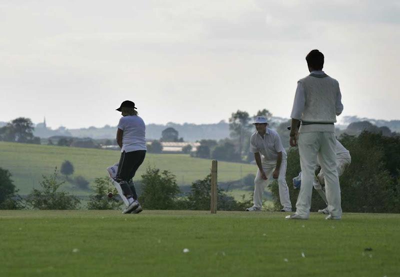 Cricket-Ladies40