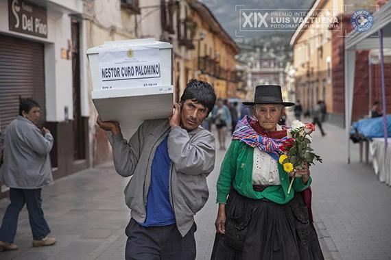 XIX Premio Internacional de Fotografía Humanitaria Luis Valtueña, en Centro Centro