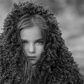 Iva by Anna Anastasova - Babies & Children Child Portraits ( girl, baby girl, child portrait, children, portrait )