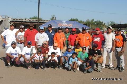 Equipo Los H de Vallecillo del torneo de softbol del Club Sertoma