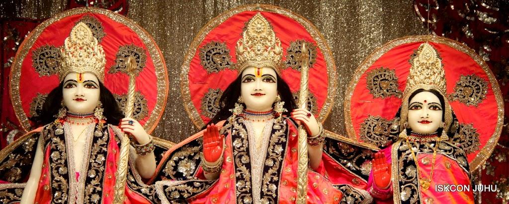 ISKCON Juhu Mangal Deity Darshan on 28th April 2016 (13)