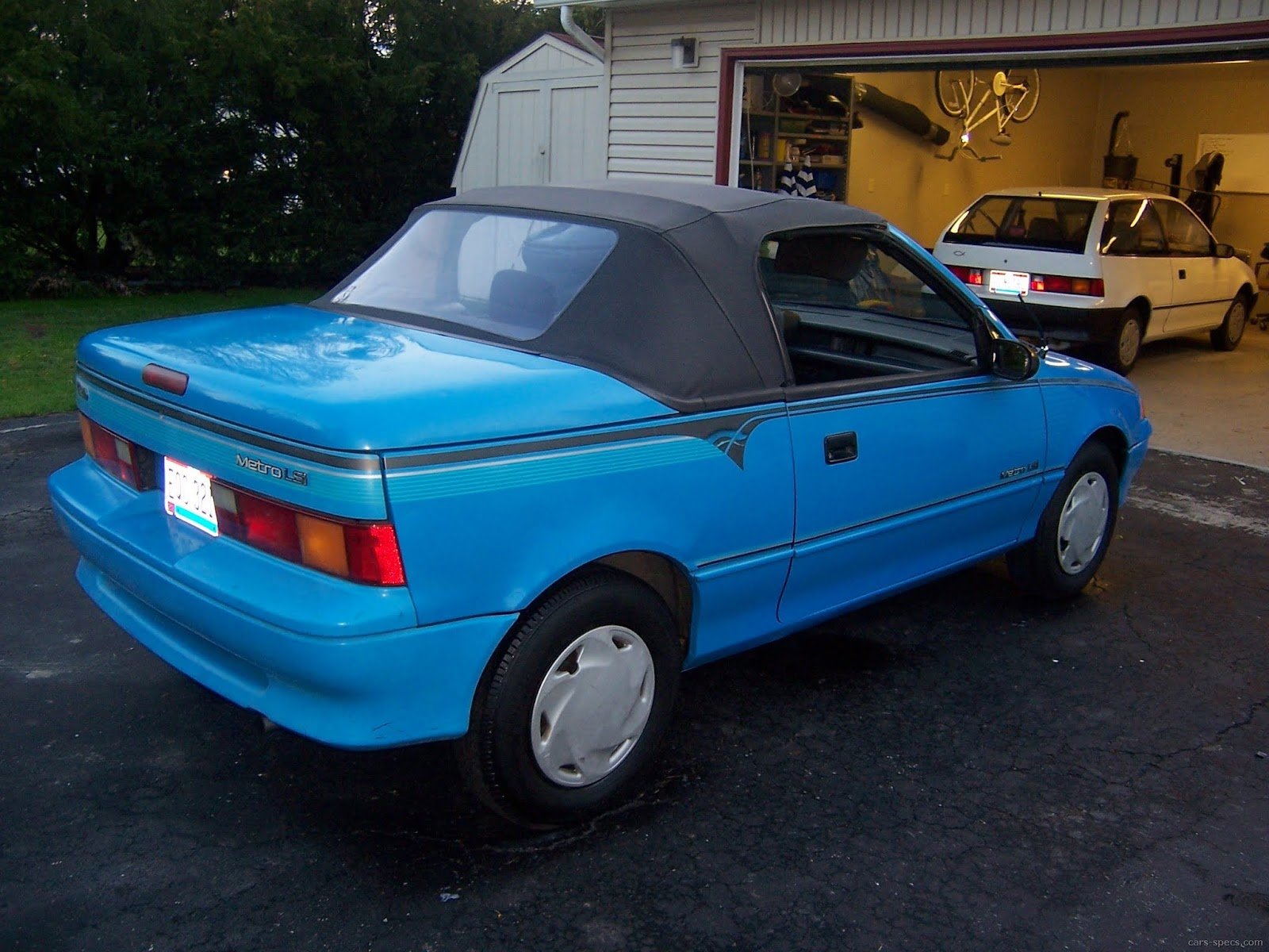 1993 Geo Metro Convertible Specifications, Pictures, Prices